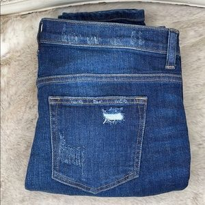 id:23•JEANS